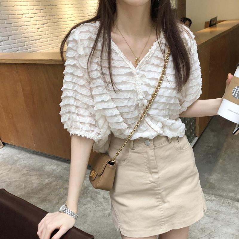 韓国 ファッション トップス ブラウス シャツ 春 夏 カジュアル PTXK059  フリル ティアード シアー パフスリーブ オルチャン シンプル 定番 セレカジの写真15枚目