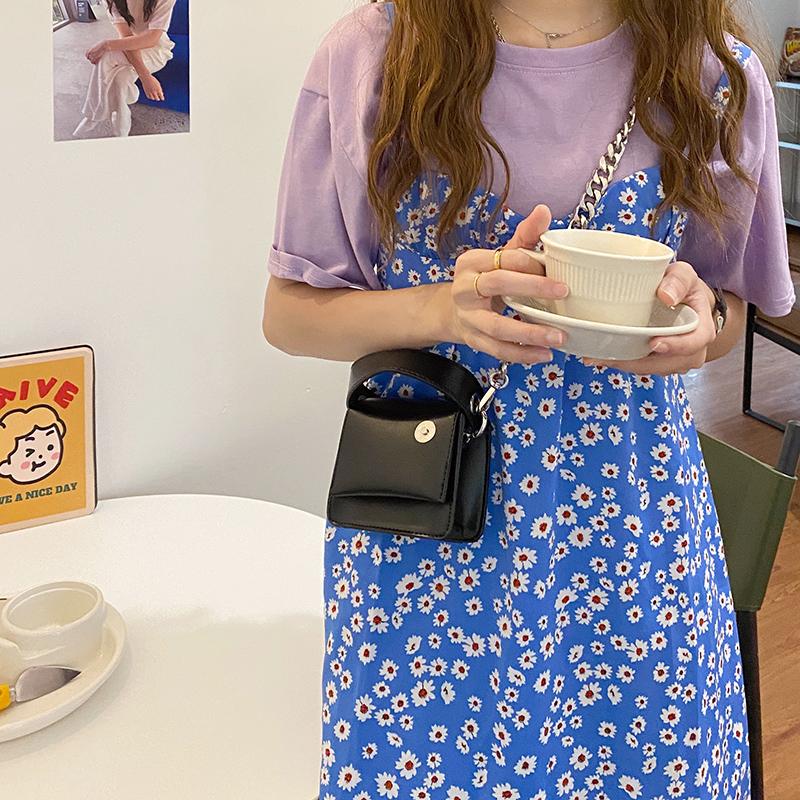 韓国 ファッション ショルダー ポシェット 春 夏 カジュアル PTXK173  チェーン コードバン風 斜め掛け ミニバッグ オルチャン シンプル 定番 セレカジの写真3枚目