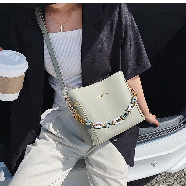 韓国 ファッション ショルダー ポシェット 春 夏 カジュアル PTXK183  チェーン風 バケツ型 バッグインバッグ 淡色 オルチャン シンプル 定番 セレカジの写真15枚目
