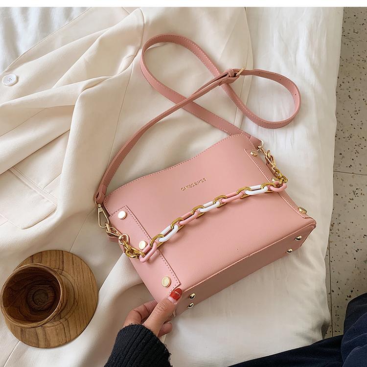 韓国 ファッション ショルダー ポシェット 春 夏 カジュアル PTXK183  チェーン風 バケツ型 バッグインバッグ 淡色 オルチャン シンプル 定番 セレカジの写真19枚目