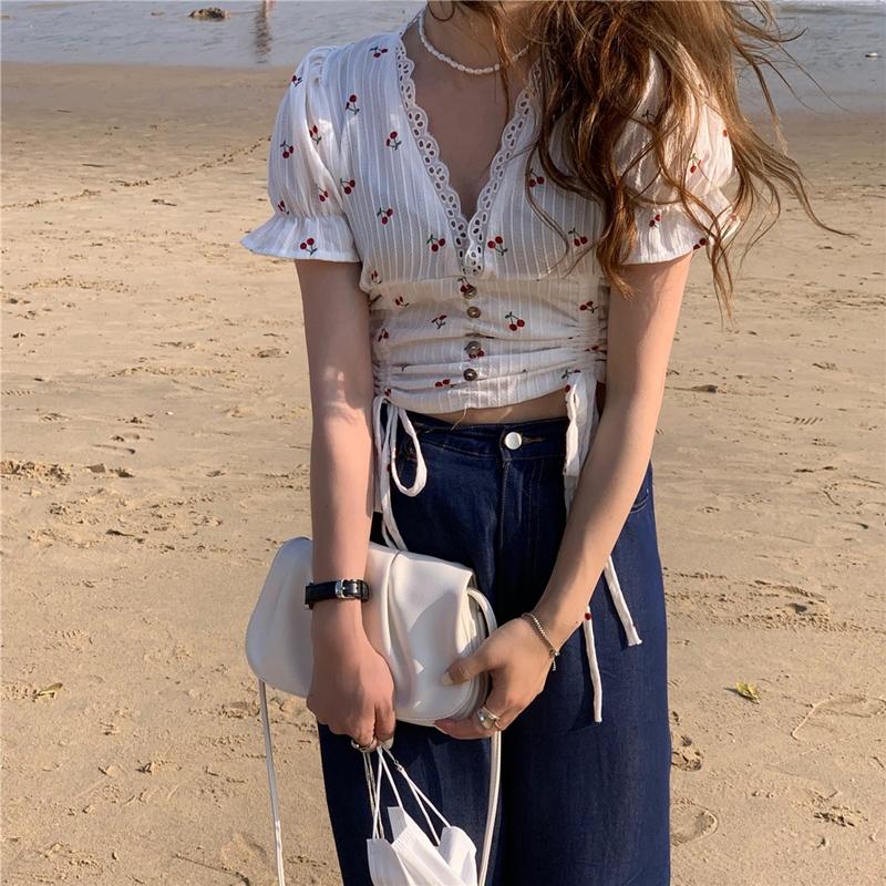 韓国 ファッション トップス ブラウス シャツ 春 夏 カジュアル PTXK257  深Vネック セルフストライプ ハイウエスト オルチャン シンプル 定番 セレカジの写真2枚目