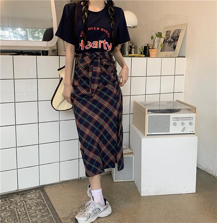 韓国 ファッション セットアップ 春 夏 カジュアル PTXK280  ロゴ Tシャツ ウエストマーク タイト スリット オルチャン シンプル 定番 セレカジの写真2枚目