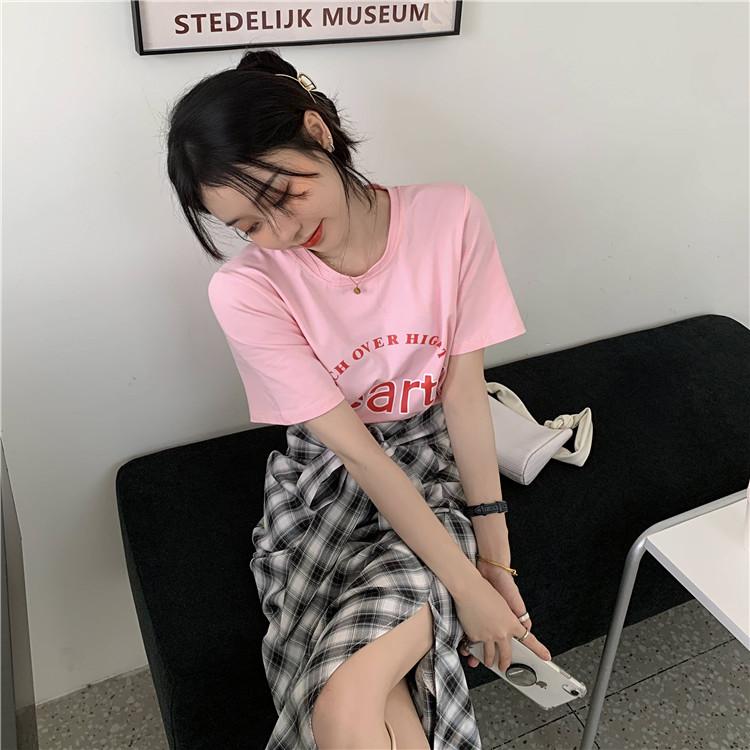 韓国 ファッション セットアップ 春 夏 カジュアル PTXK280  ロゴ Tシャツ ウエストマーク タイト スリット オルチャン シンプル 定番 セレカジの写真3枚目