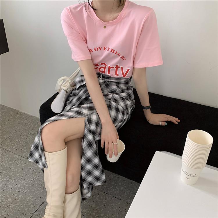 韓国 ファッション セットアップ 春 夏 カジュアル PTXK280  ロゴ Tシャツ ウエストマーク タイト スリット オルチャン シンプル 定番 セレカジの写真4枚目