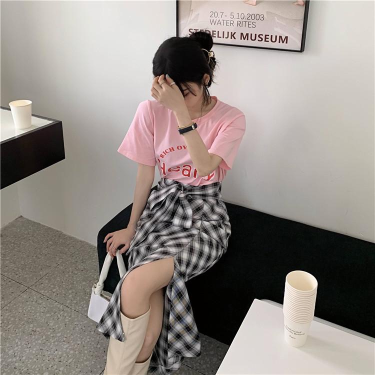 韓国 ファッション セットアップ 春 夏 カジュアル PTXK280  ロゴ Tシャツ ウエストマーク タイト スリット オルチャン シンプル 定番 セレカジの写真5枚目
