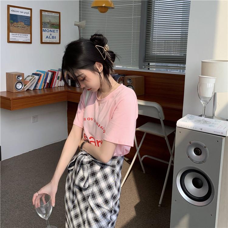 韓国 ファッション セットアップ 春 夏 カジュアル PTXK280  ロゴ Tシャツ ウエストマーク タイト スリット オルチャン シンプル 定番 セレカジの写真6枚目