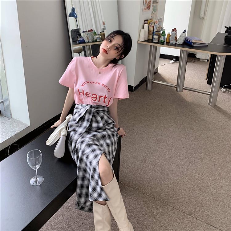 韓国 ファッション セットアップ 春 夏 カジュアル PTXK280  ロゴ Tシャツ ウエストマーク タイト スリット オルチャン シンプル 定番 セレカジの写真7枚目