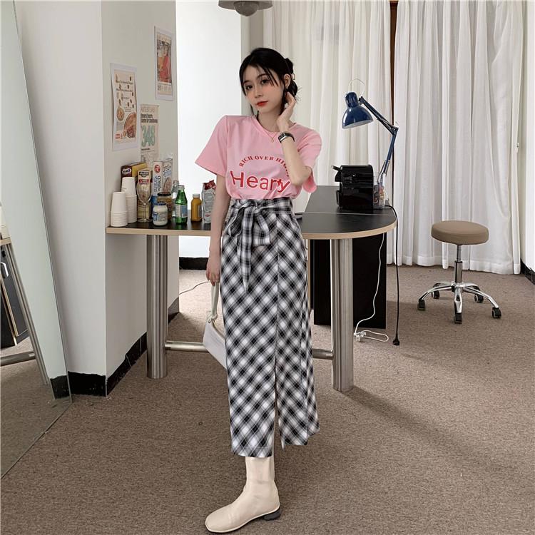 韓国 ファッション セットアップ 春 夏 カジュアル PTXK280  ロゴ Tシャツ ウエストマーク タイト スリット オルチャン シンプル 定番 セレカジの写真8枚目
