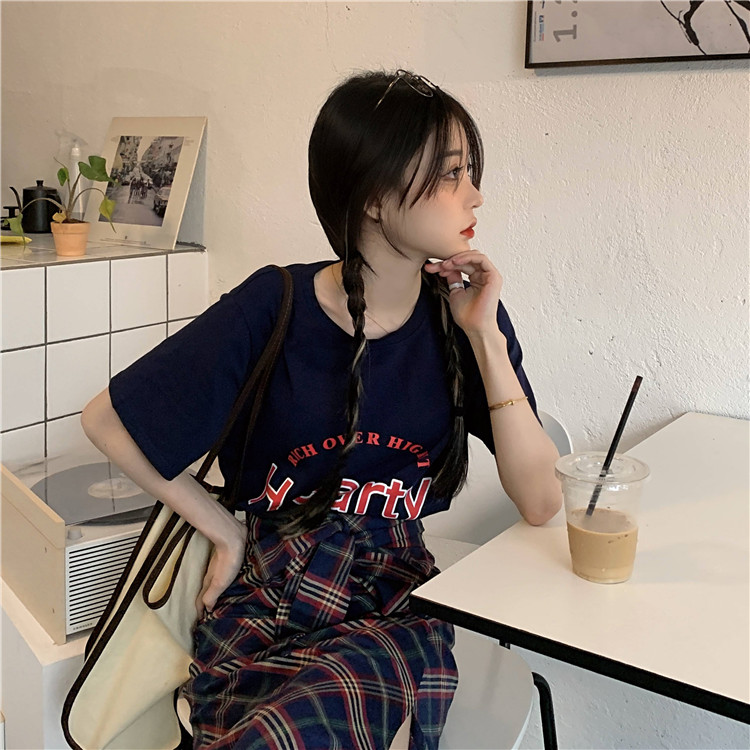 韓国 ファッション セットアップ 春 夏 カジュアル PTXK280  ロゴ Tシャツ ウエストマーク タイト スリット オルチャン シンプル 定番 セレカジの写真12枚目