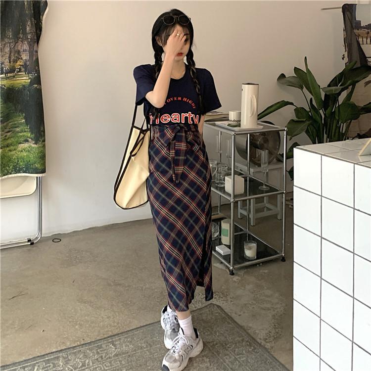韓国 ファッション セットアップ 春 夏 カジュアル PTXK280  ロゴ Tシャツ ウエストマーク タイト スリット オルチャン シンプル 定番 セレカジの写真18枚目