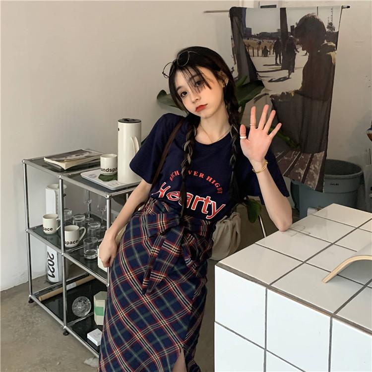 韓国 ファッション セットアップ 春 夏 カジュアル PTXK280  ロゴ Tシャツ ウエストマーク タイト スリット オルチャン シンプル 定番 セレカジの写真19枚目