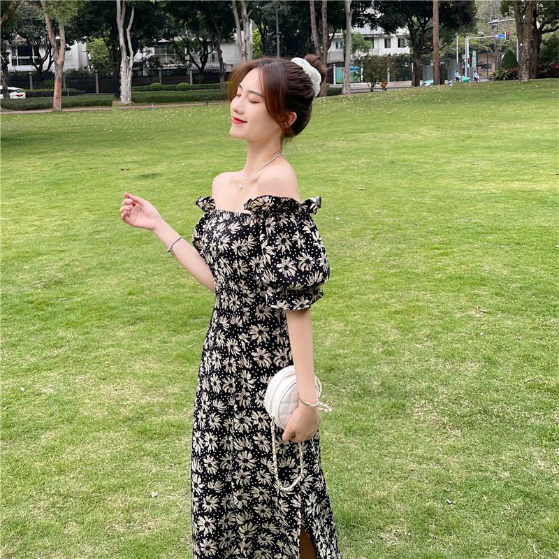 韓国 ファッション ワンピース 春 夏 カジュアル PTXK339  デコルテ見せ オフショルダー Yライン スリット オルチャン シンプル 定番 セレカジの写真2枚目