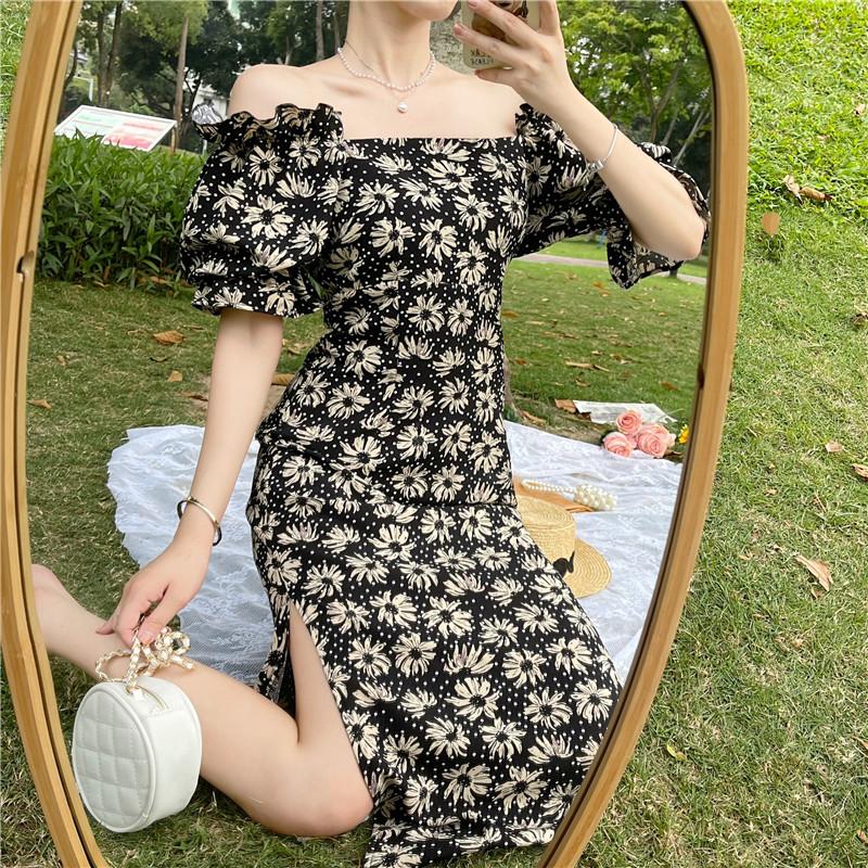 韓国 ファッション ワンピース 春 夏 カジュアル PTXK339  デコルテ見せ オフショルダー Yライン スリット オルチャン シンプル 定番 セレカジの写真3枚目
