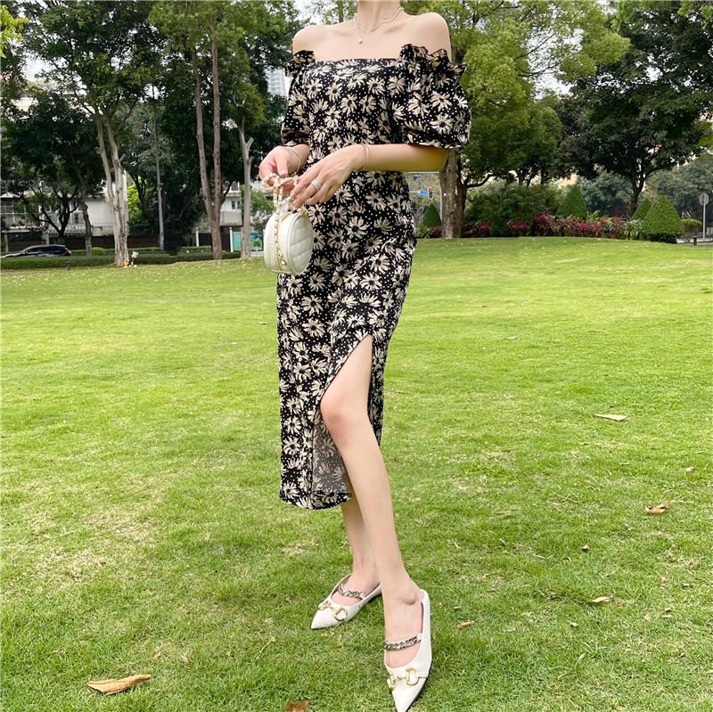 韓国 ファッション ワンピース 春 夏 カジュアル PTXK339  デコルテ見せ オフショルダー Yライン スリット オルチャン シンプル 定番 セレカジの写真8枚目