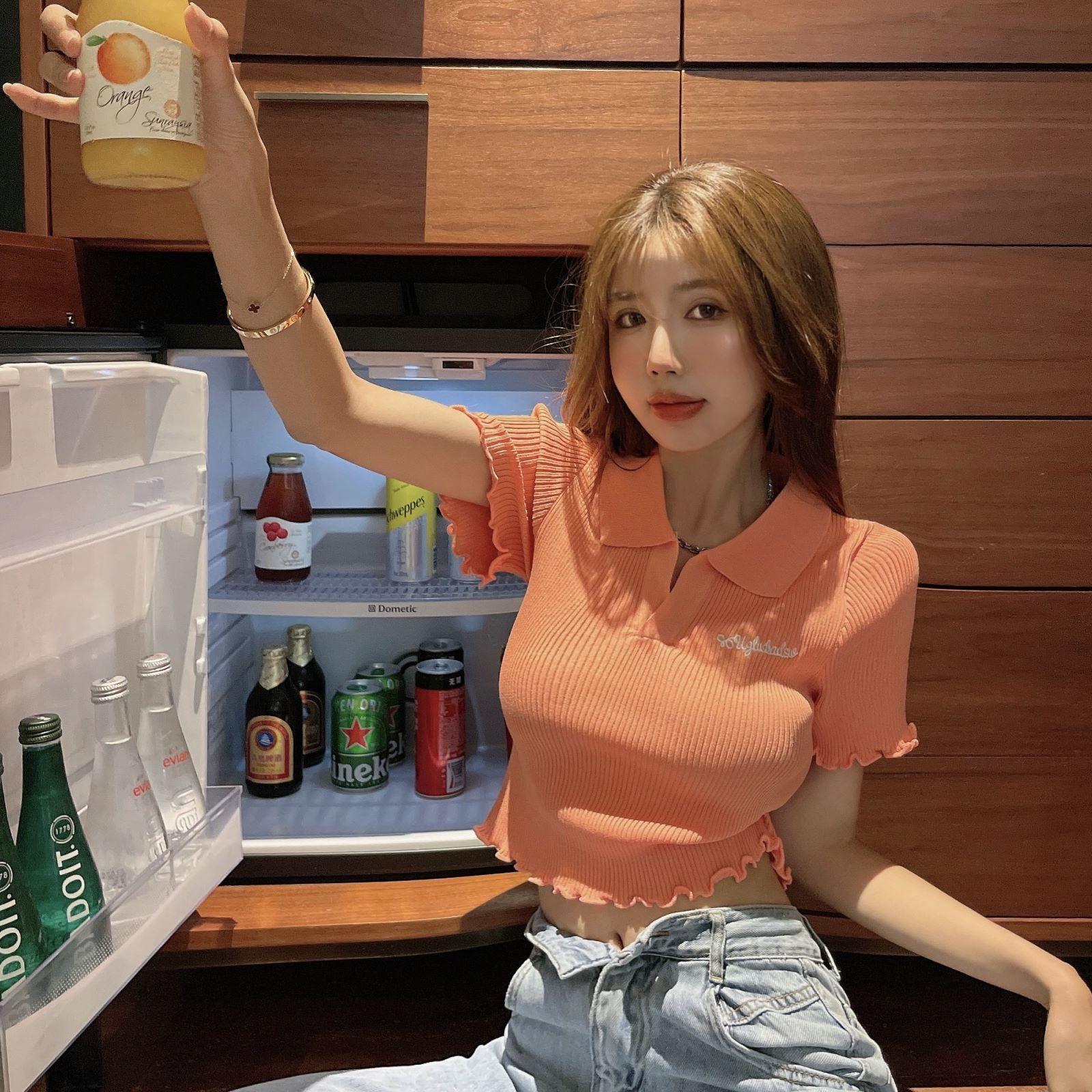 韓国 ファッション トップス Tシャツ カットソー 春 夏 カジュアル PTXK349  スキッパー リブ 襟付き ショート ウェーブ オルチャン シンプル 定番 セレカジの写真13枚目