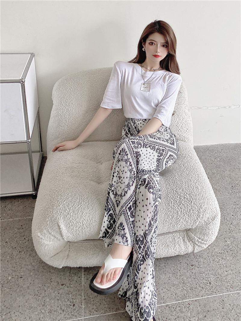 韓国 ファッション セットアップ 春 夏 カジュアル PTXK352  背中見せ ゆったり ドレープ プリーツ ワイド オルチャン シンプル 定番 セレカジの写真13枚目