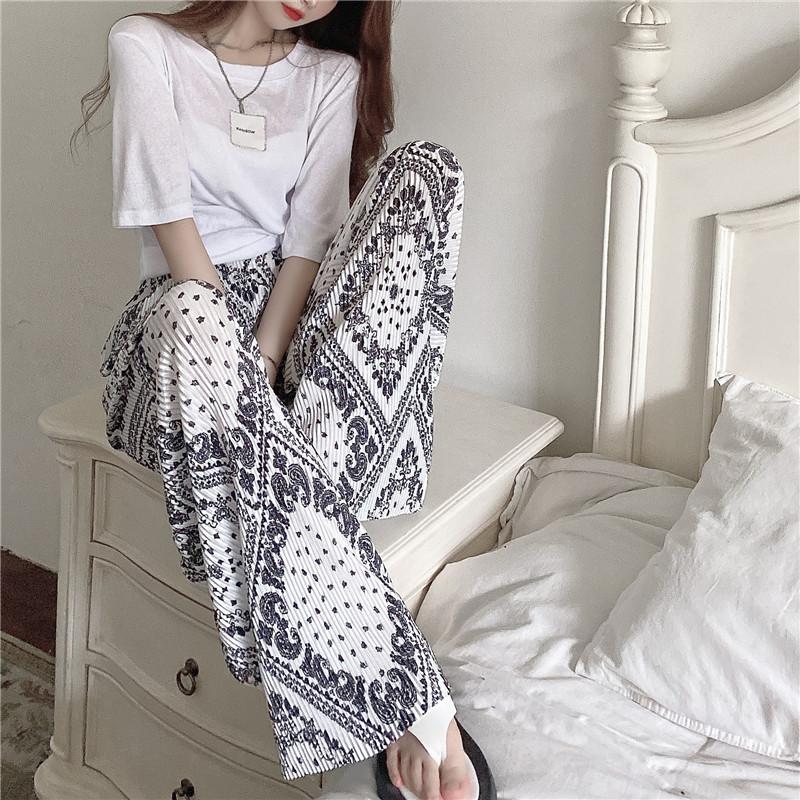 韓国 ファッション セットアップ 春 夏 カジュアル PTXK352  背中見せ ゆったり ドレープ プリーツ ワイド オルチャン シンプル 定番 セレカジの写真16枚目