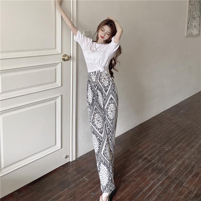 韓国 ファッション セットアップ 春 夏 カジュアル PTXK352  背中見せ ゆったり ドレープ プリーツ ワイド オルチャン シンプル 定番 セレカジの写真18枚目