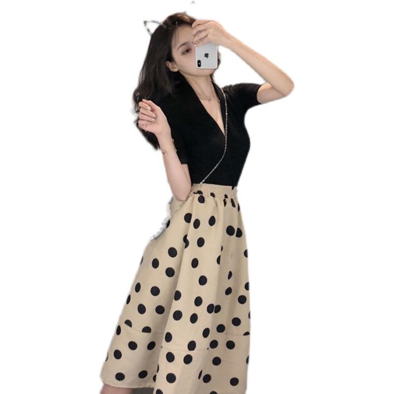 韓国 ファッション セットアップ 春 夏 カジュアル PTXK356  深Vネック プルオーバー ギャザー Aライン オルチャン シンプル 定番 セレカジの写真6枚目