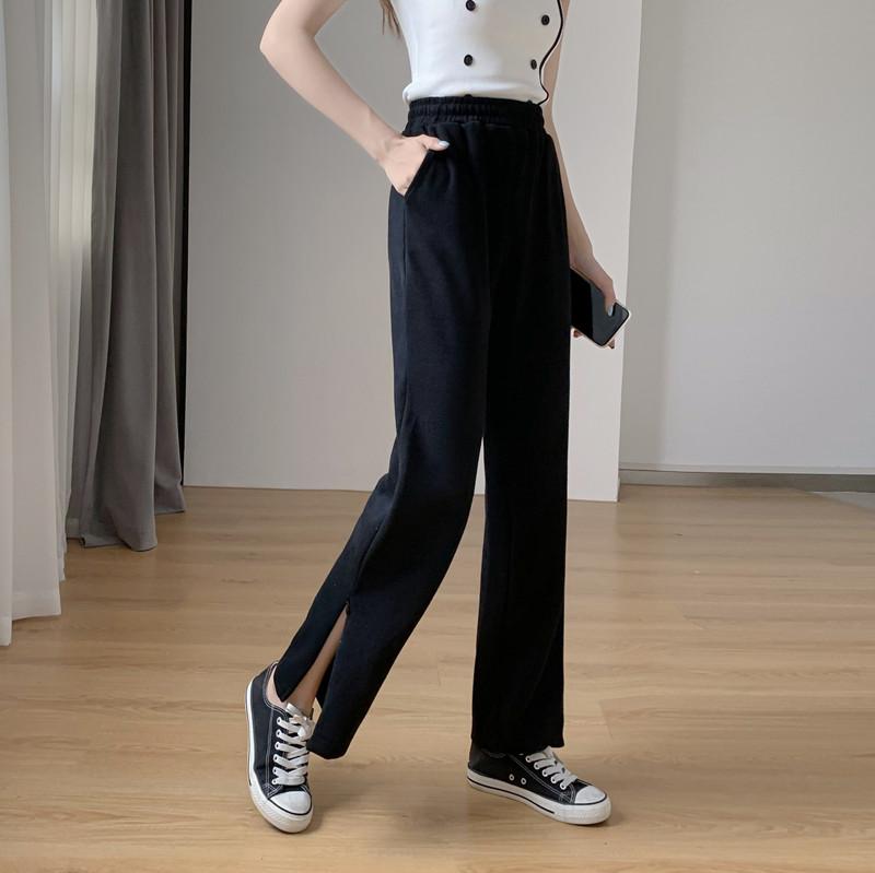 韓国 ファッション パンツ ボトムス 春 夏 秋 カジュアル PTXK406  スリット ワイドパンツ ジャージ スウェット オルチャン シンプル 定番 セレカジの写真2枚目
