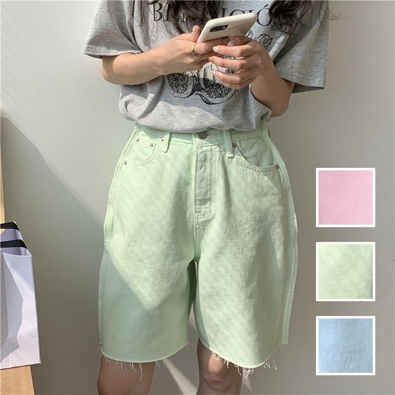 韓国 ファッション パンツ ショート ボトムス 春 夏 カジュアル PTXK551  カットオフデニム 淡色 ハーフパンツ ショート オルチャン シンプル 定番 セレカジの写真1枚目