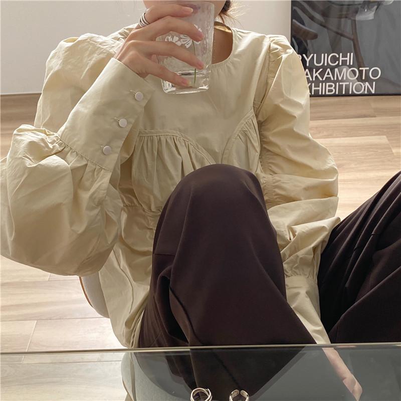 韓国 ファッション トップス ブラウス シャツ 春 夏 秋 カジュアル PTXL388  ハイウエスト 切替 ギャザー パフスリーブ オルチャン シンプル 定番 セレカジの写真2枚目